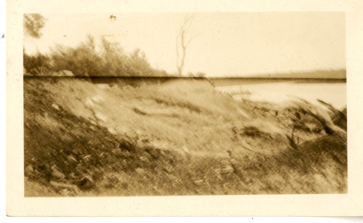 Photograph Album of Laura M. Bragg, Loose Photograph 2
