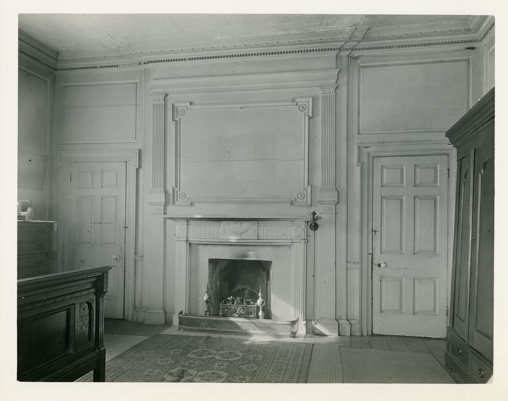 William Gibbes House, East Wall, Southwest Room, Second Floor