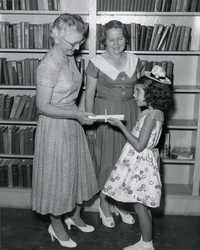 Summer reading closing exercises, Mt Pleasant (Village) Branch Library, 1954 (2)