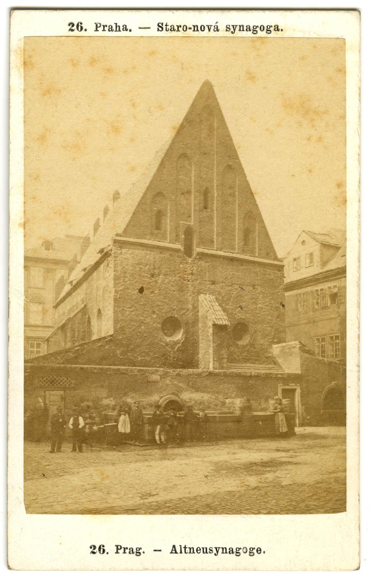 Praha. - Staro-nová synagoga. / Prag. - Altneusynagoge.