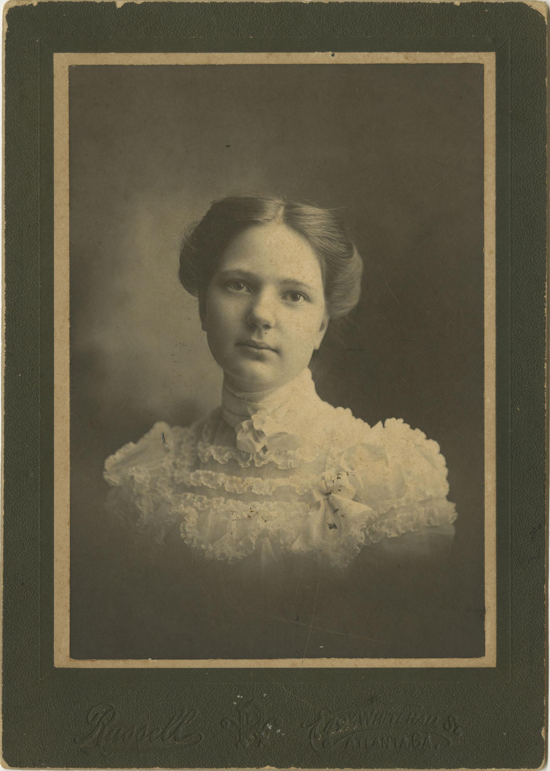 Hallie Ellis