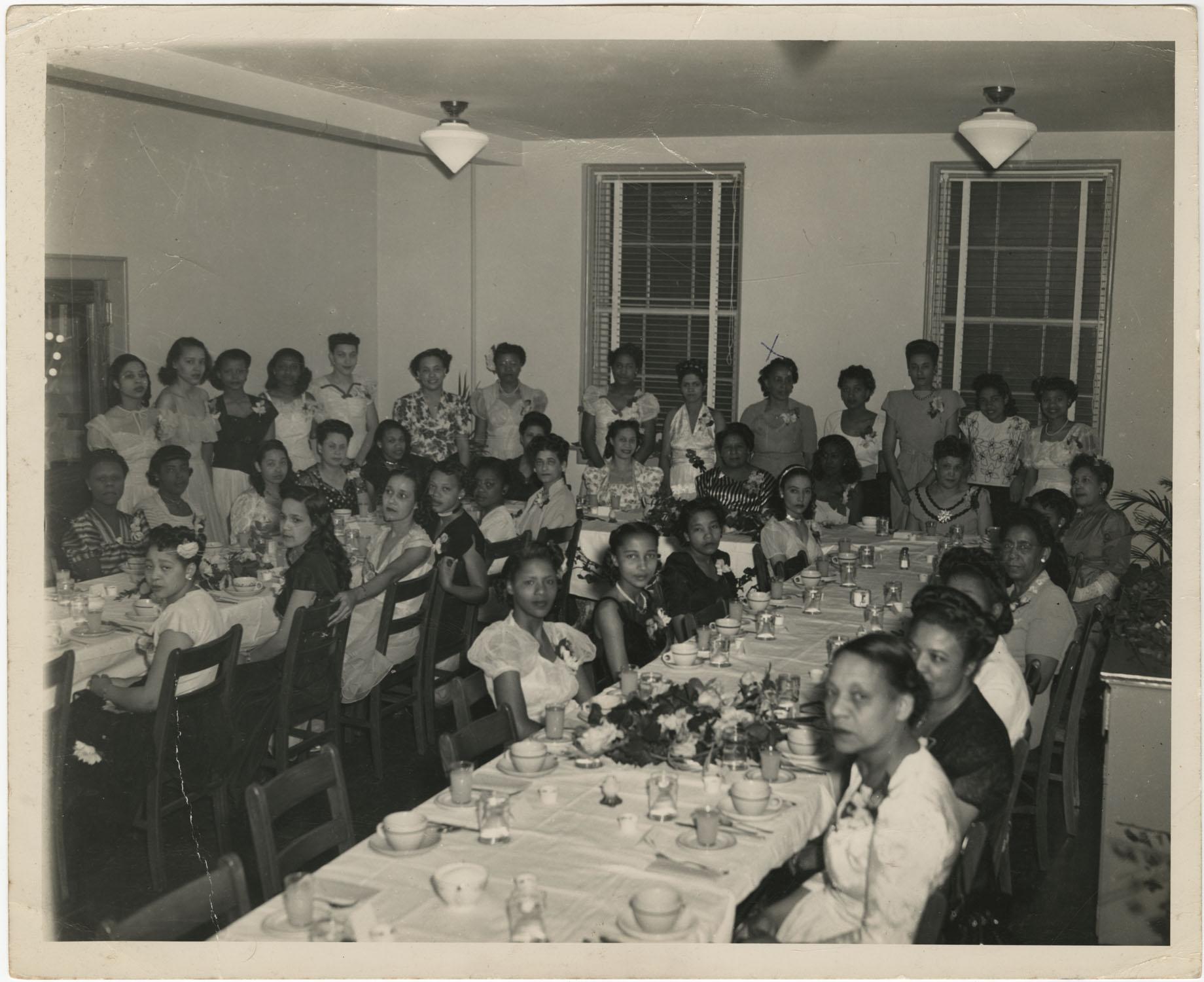 AKA Banquet, 1945