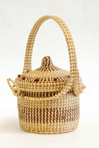 Sweetgrass purse with hinged lid