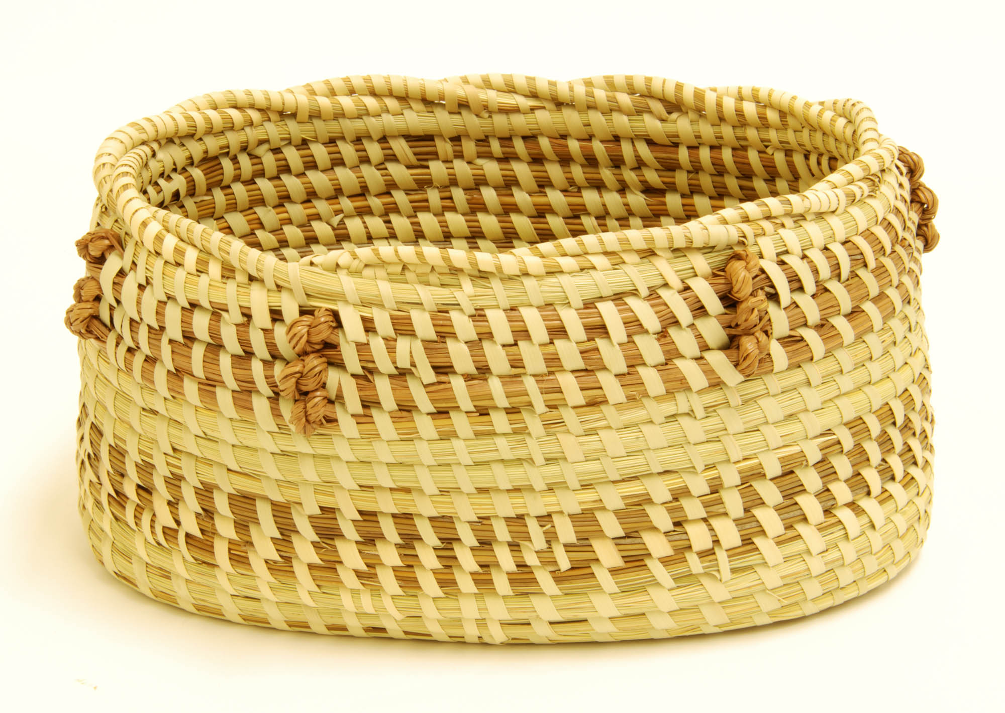 Trinity basket (Oval sweetgrass basket)