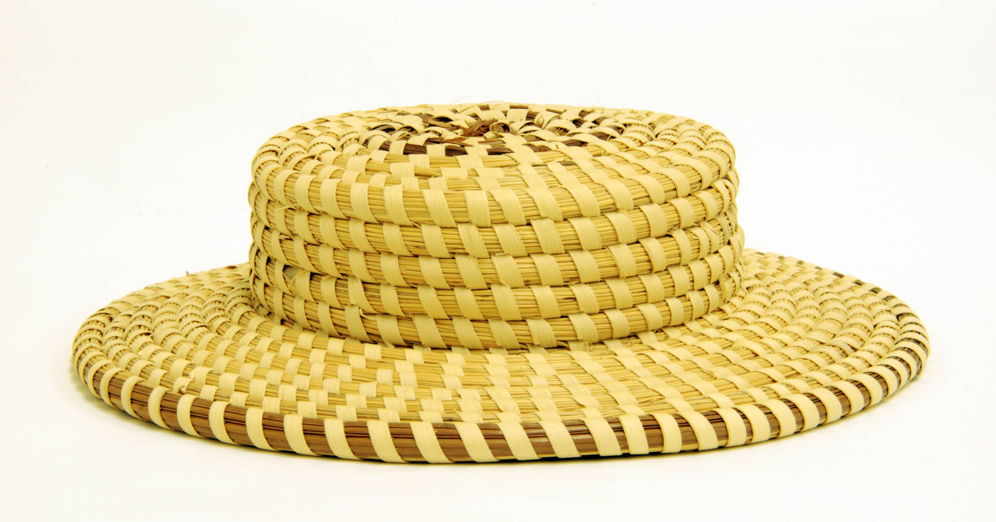 Contemporary sweetgrass basket (Hat)