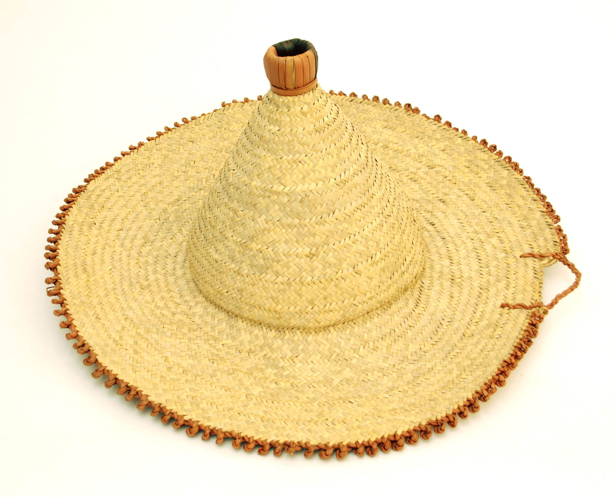 Straw hat with leather detail