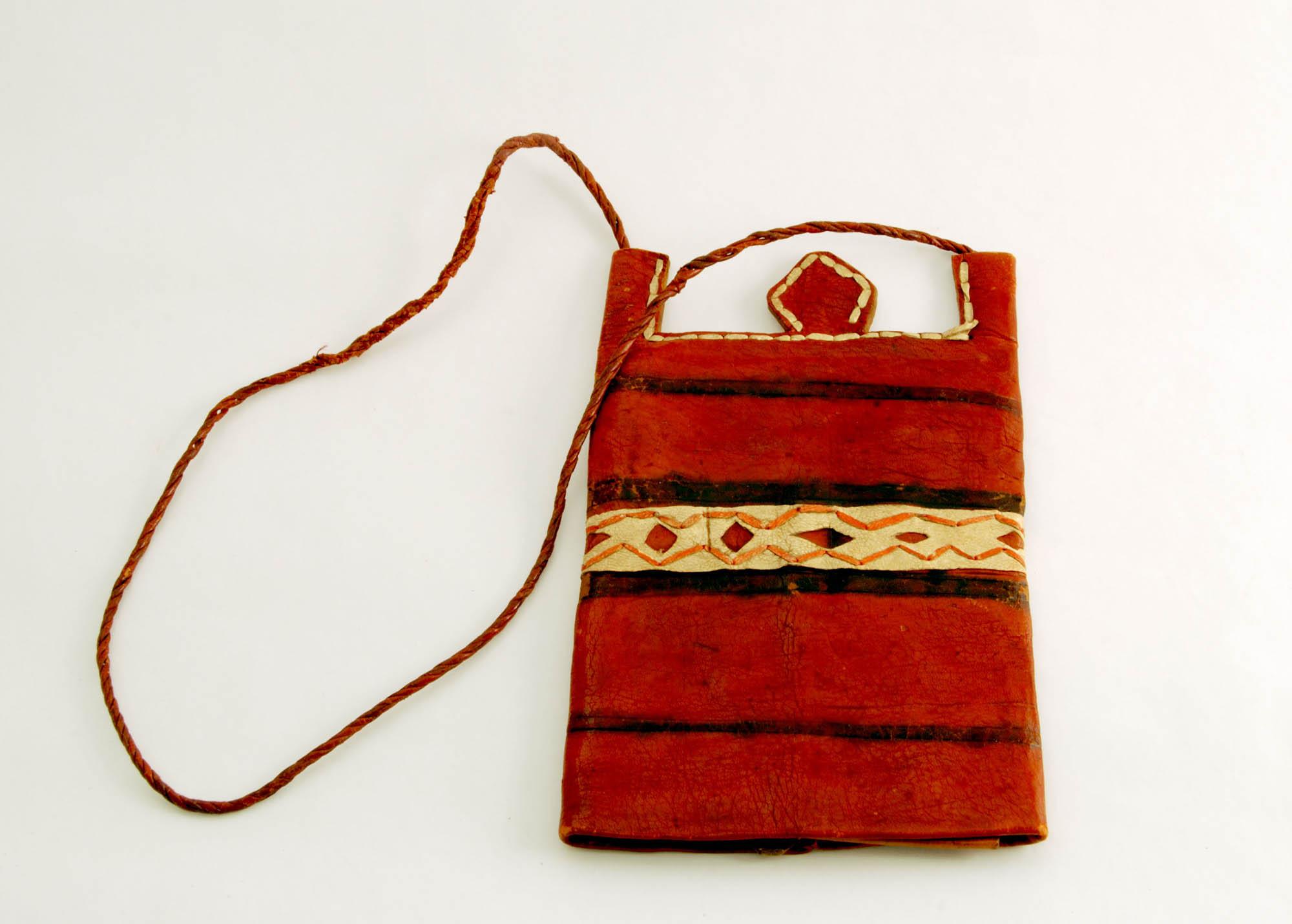 Leather Vase (Palu Vase)