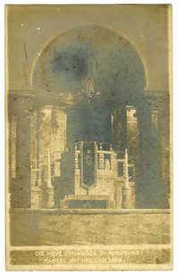 Die neue Synagoge zu Augsburg. Kanzel mit heiliger Lade.