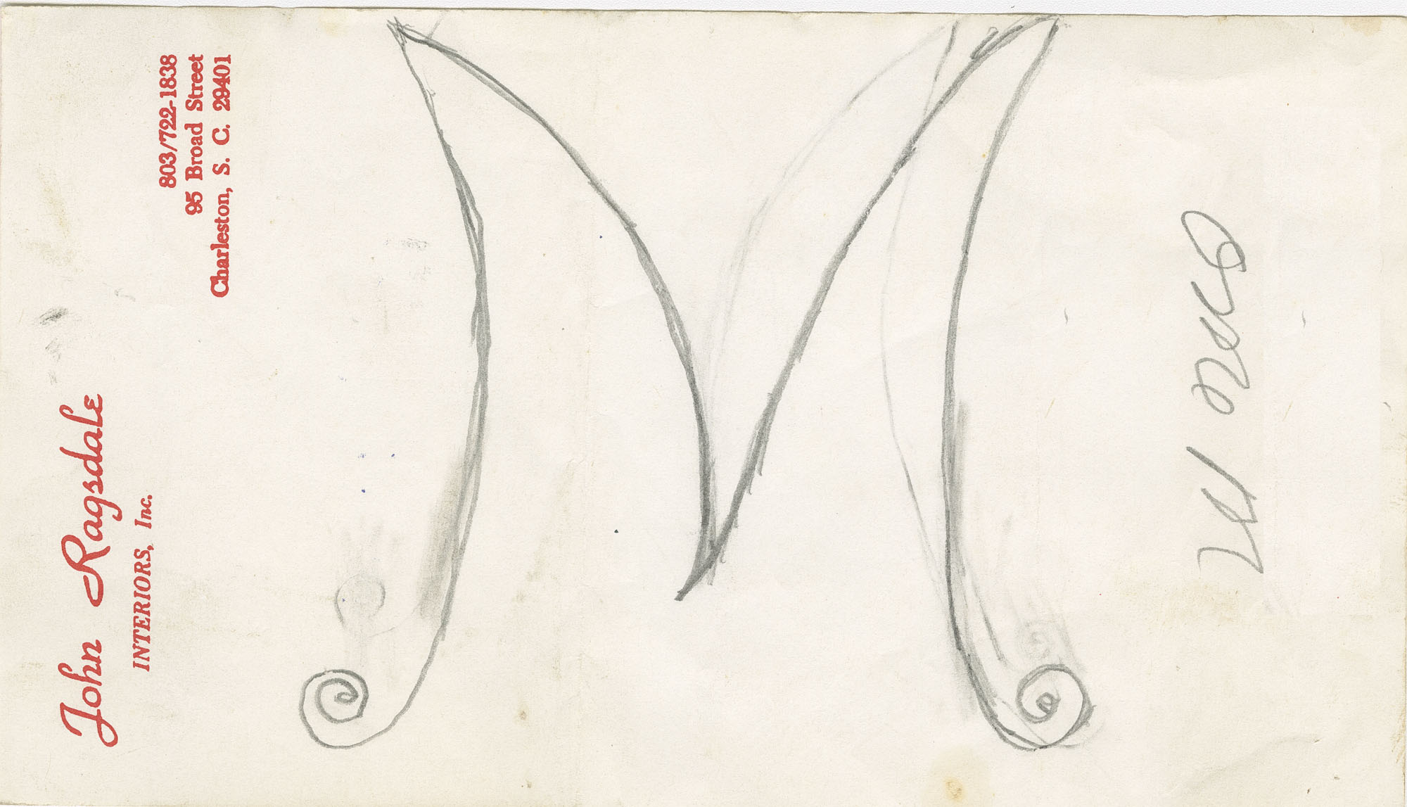 M with scroll bottom tips