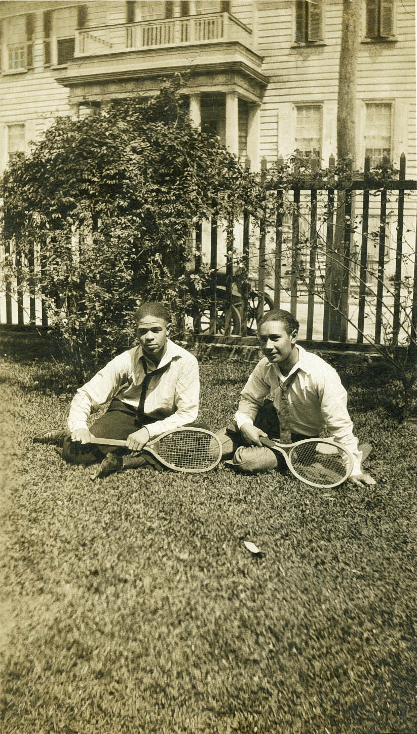Avery Badminton Players