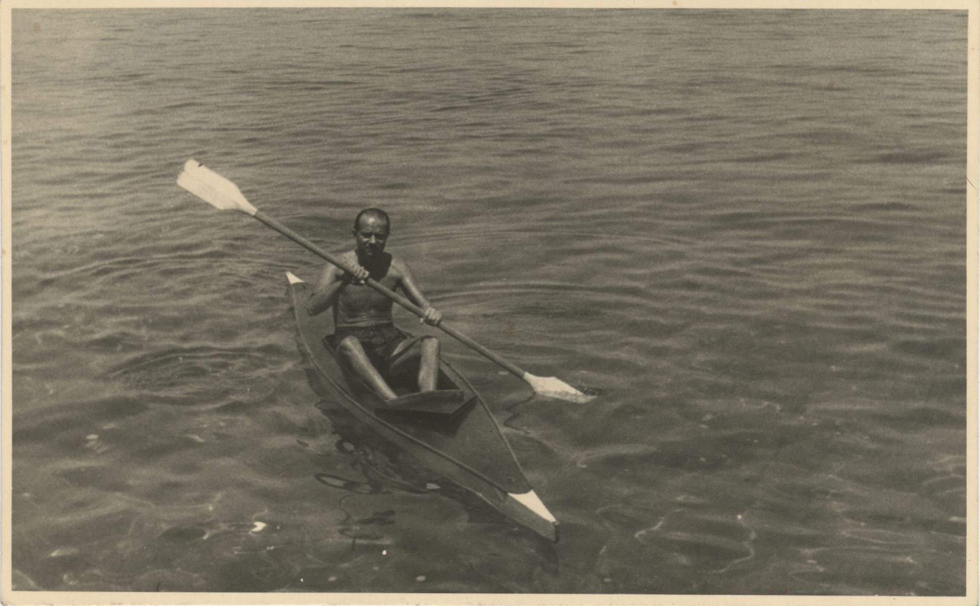 Mario Pansa kayaking
