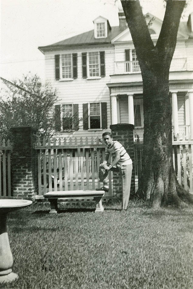 Avery Grad Richard Turner, III