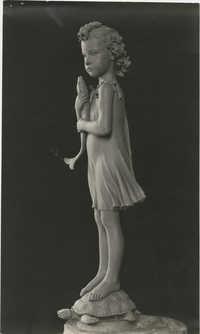 Sculpture of a child by Antonio Berti, Photograph 2
