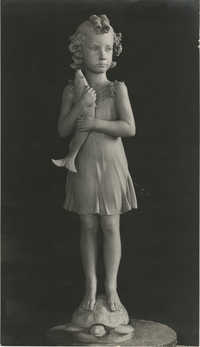 Sculpture of a child by Antonio Berti, Photograph 1