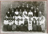 Avery Senior Class 1915