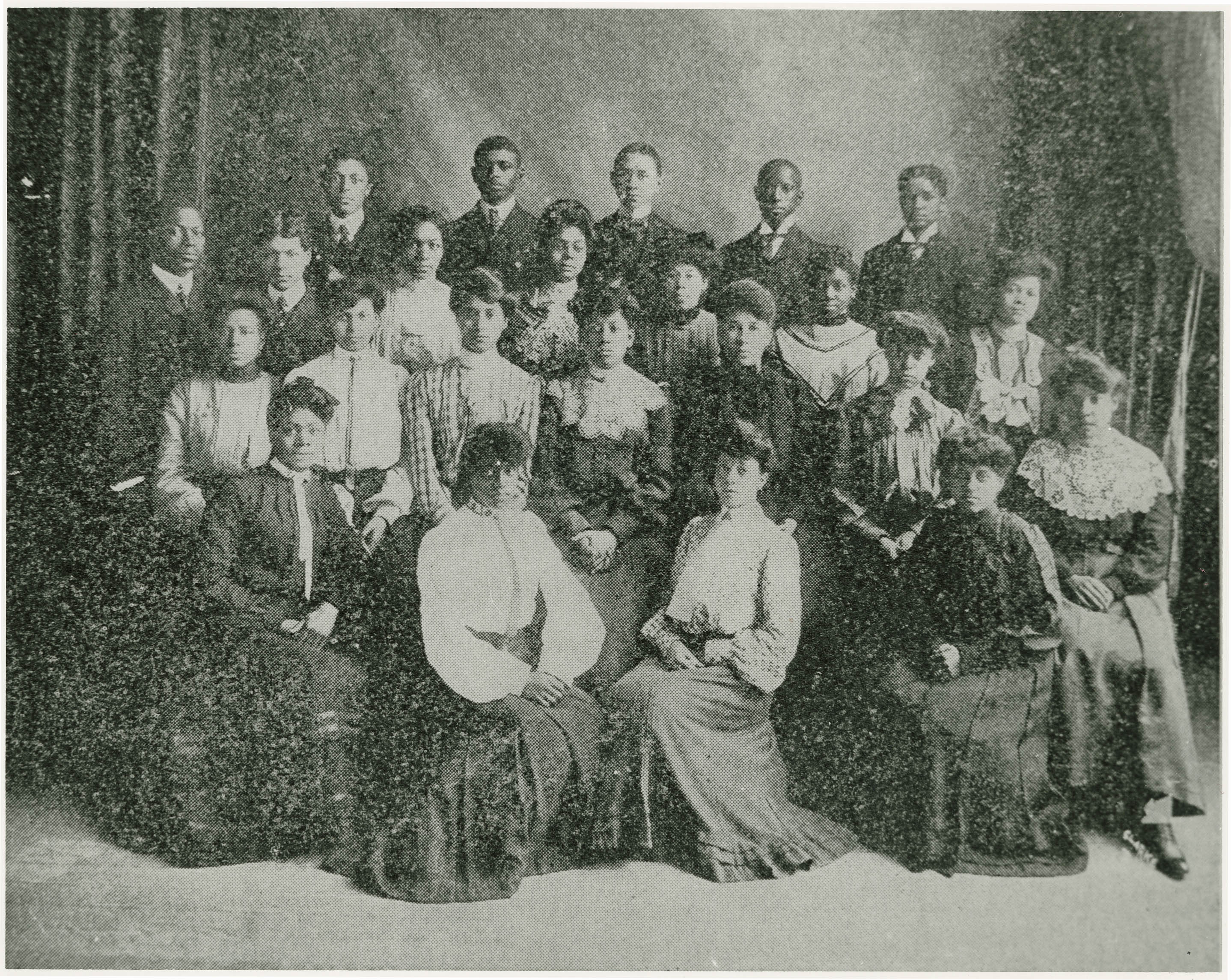 Avery Normal Institute Class of 1905