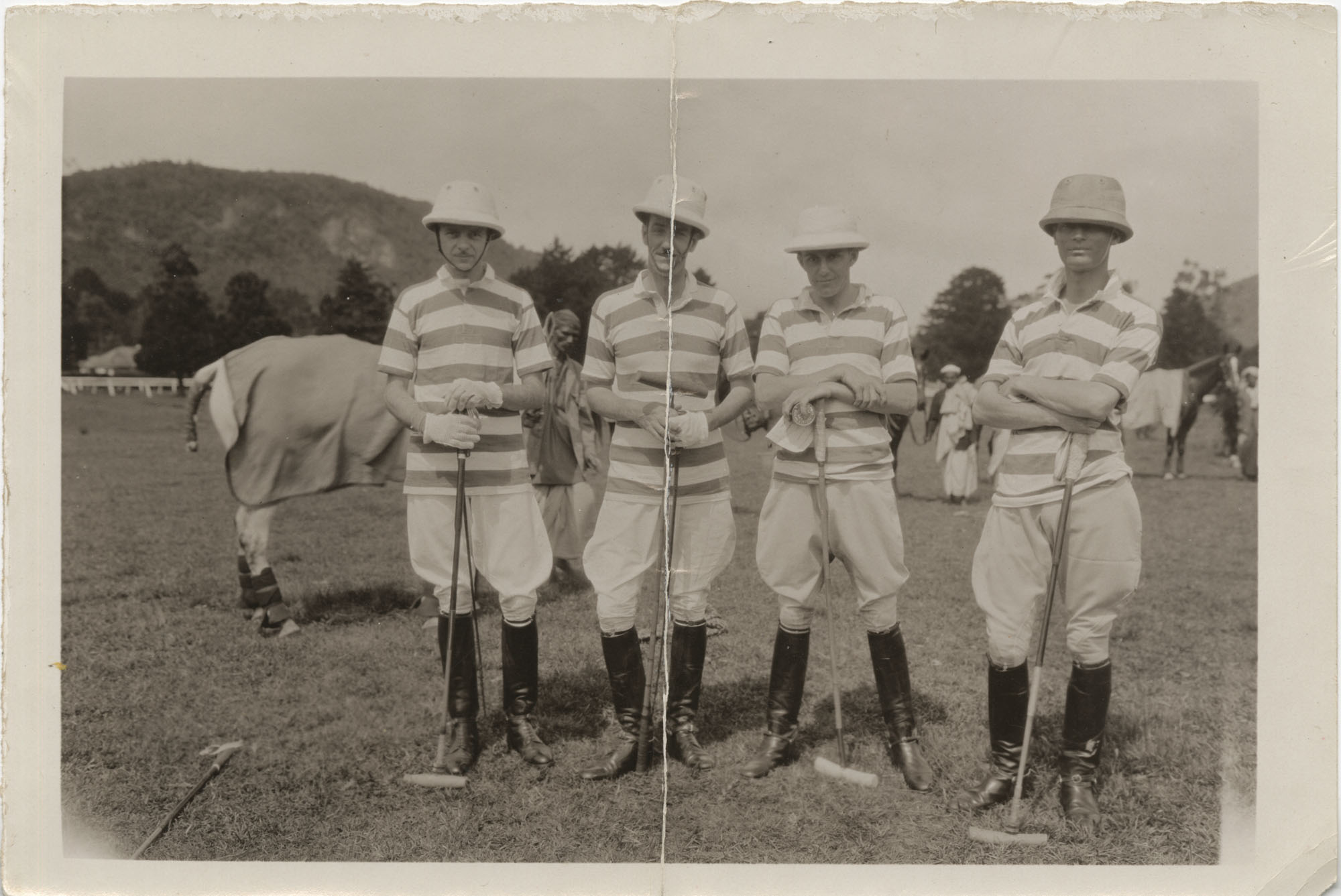Mario Pansa with his polo team, Photograph 5