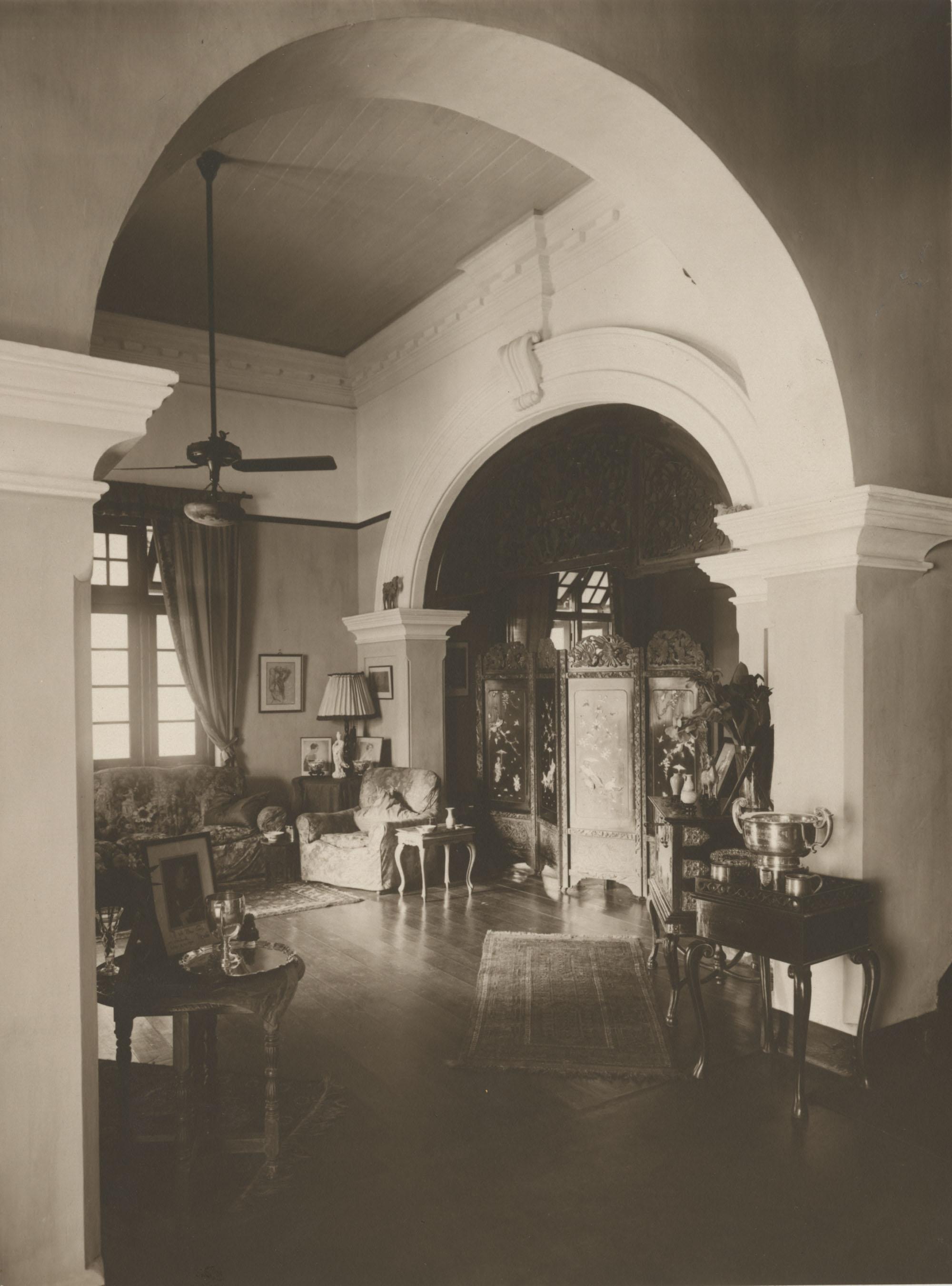 Interior of the Royal Italian Consul in Sri Lanka, Photograph 2