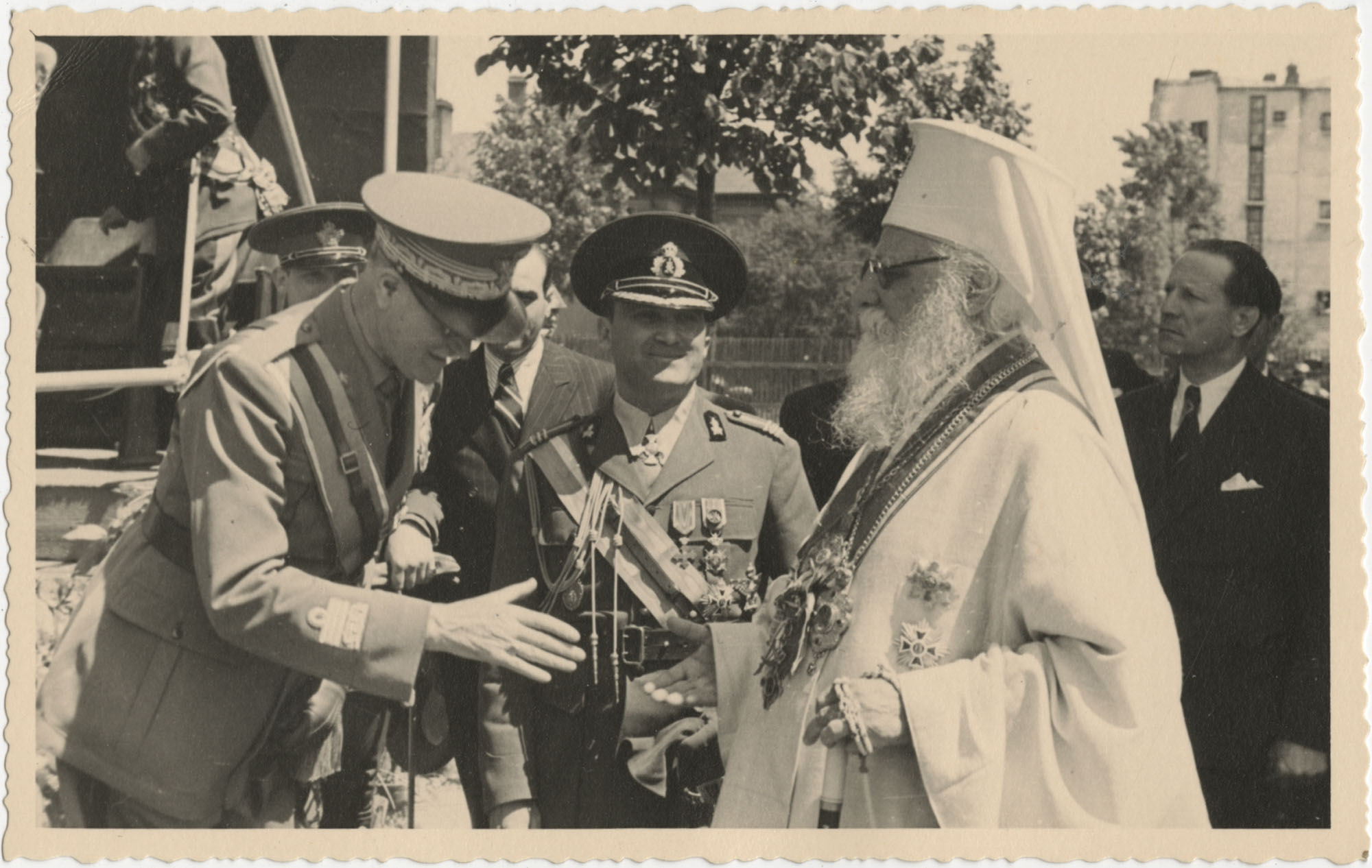 Military officials greeting each other, Photograph 1