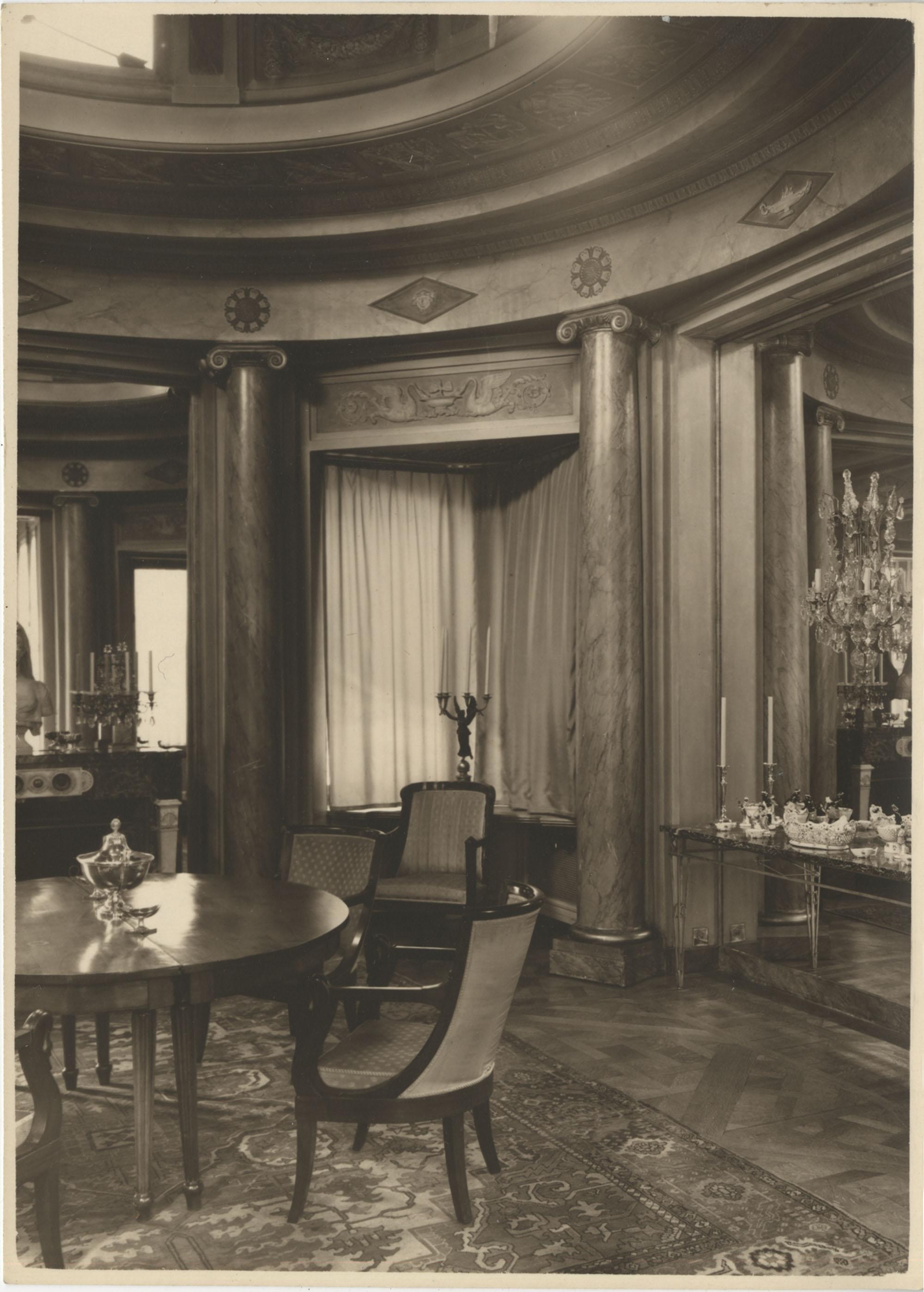 Dining room in the Royal Italian Consul in Sri Lanka