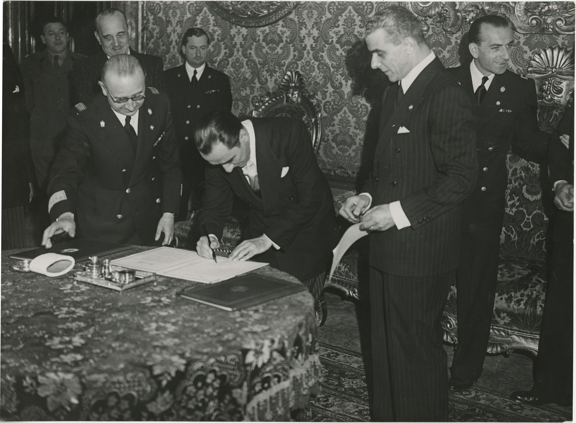 Mihai Antonescu's visit to Benito Mussolini, Photograph 1