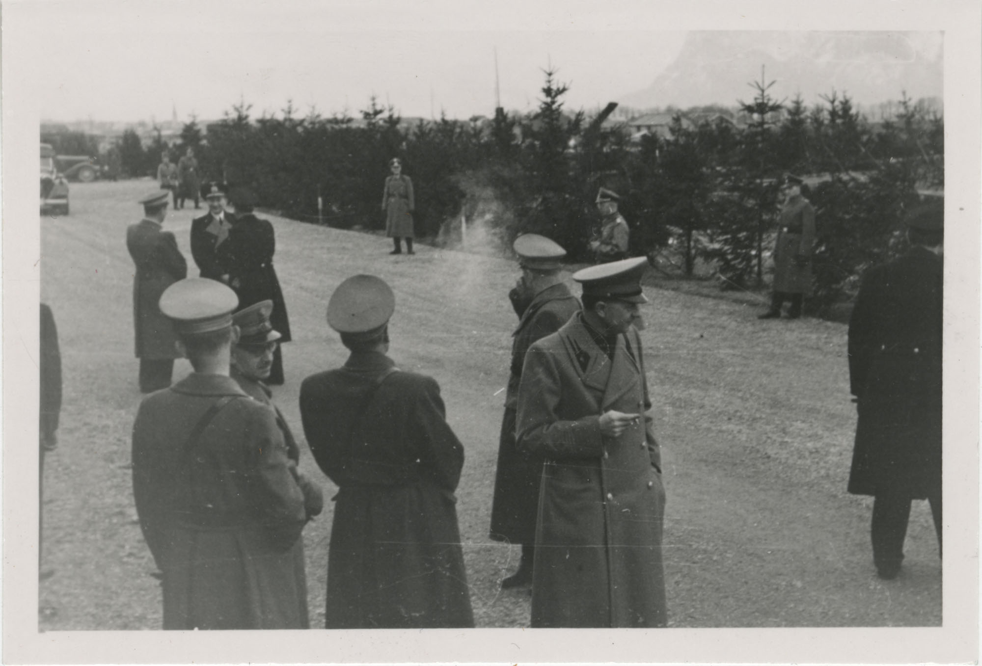 Mario Pansa greeting military personnel, Photograph 9