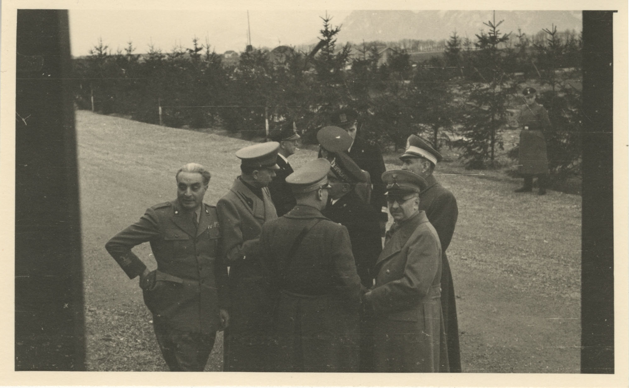 Mario Pansa greeting military personnel, Photograph 6