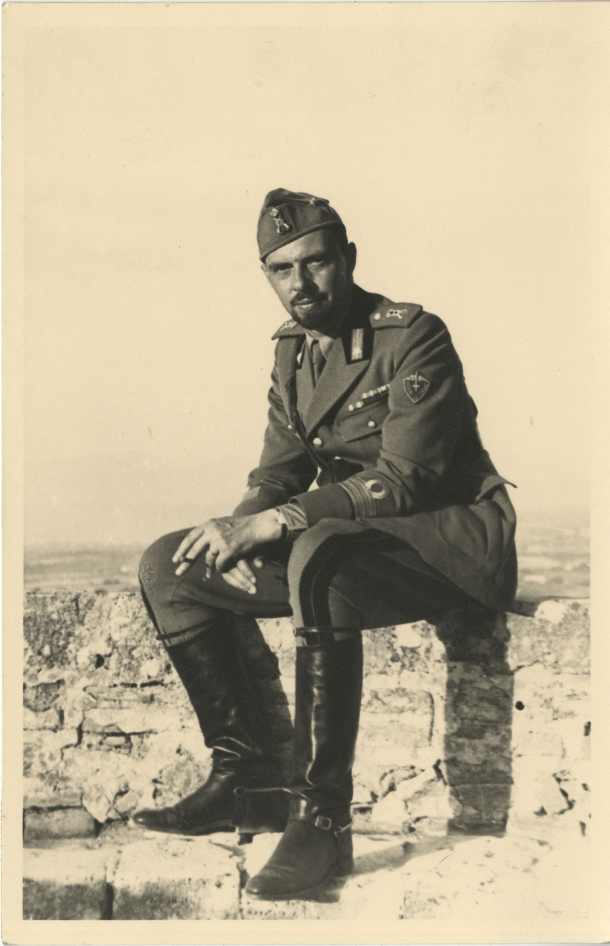 Unidentified man in military uniform, Photograph 1