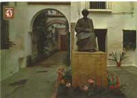 Cordoba. Monumento a Maimonides en la calle Judíos / Monument a Maimonides dans la rue Judíos / Maimonides monument in the Judíos street