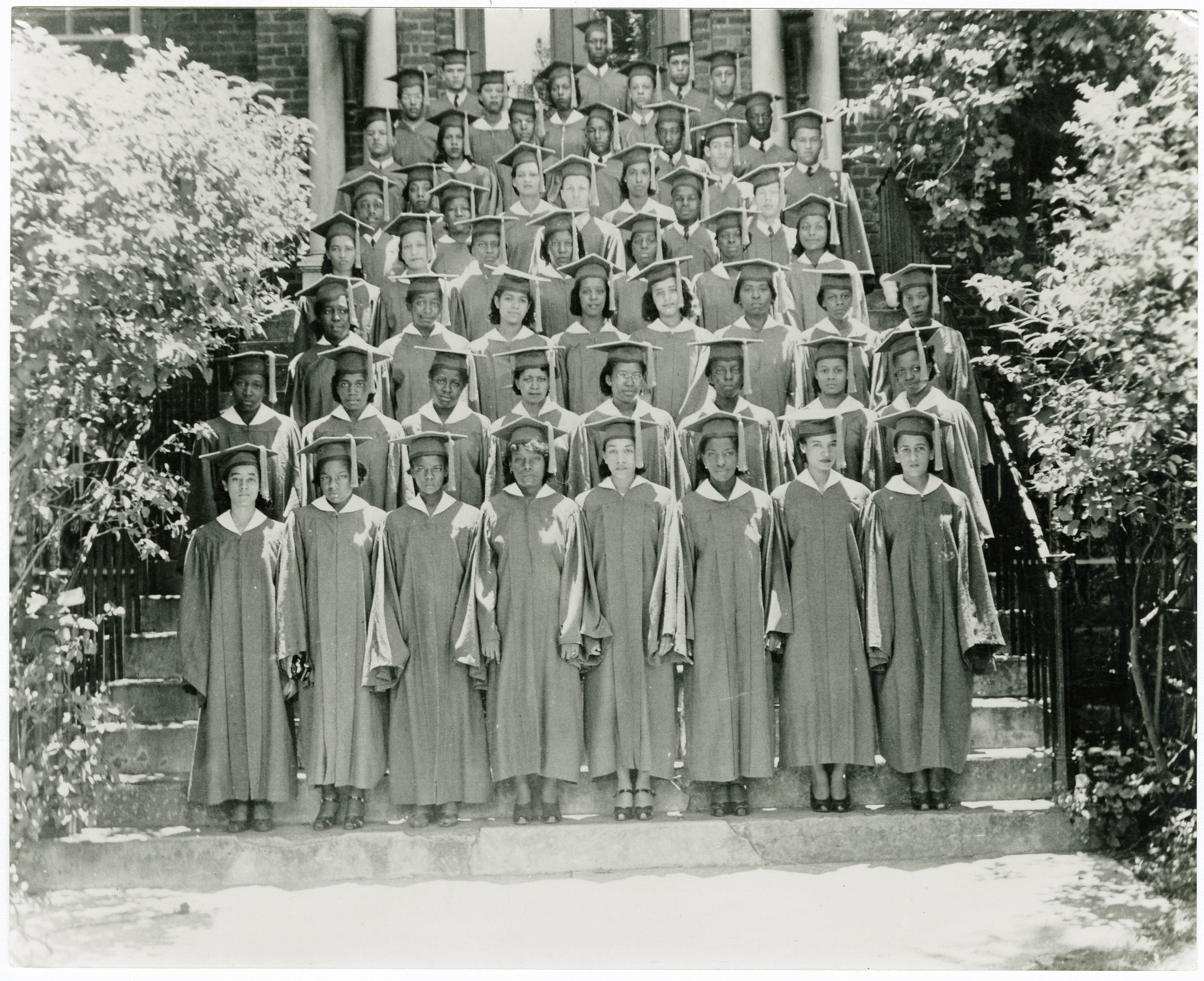 Avery Class of 1940 Graduation Picture