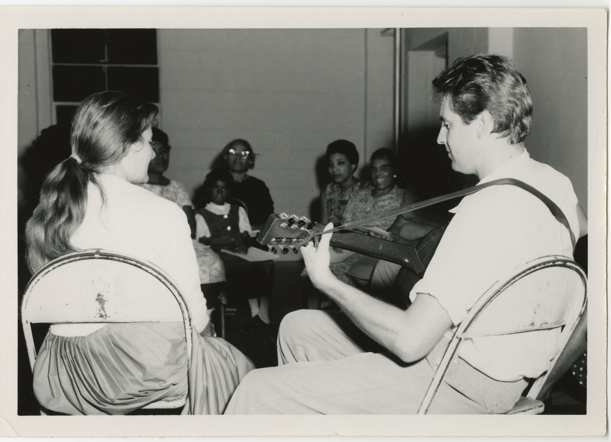 Guy Carawan Playing Guitar in Front of Class, 1960