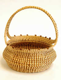 Sweetgrass egg basket with handle
