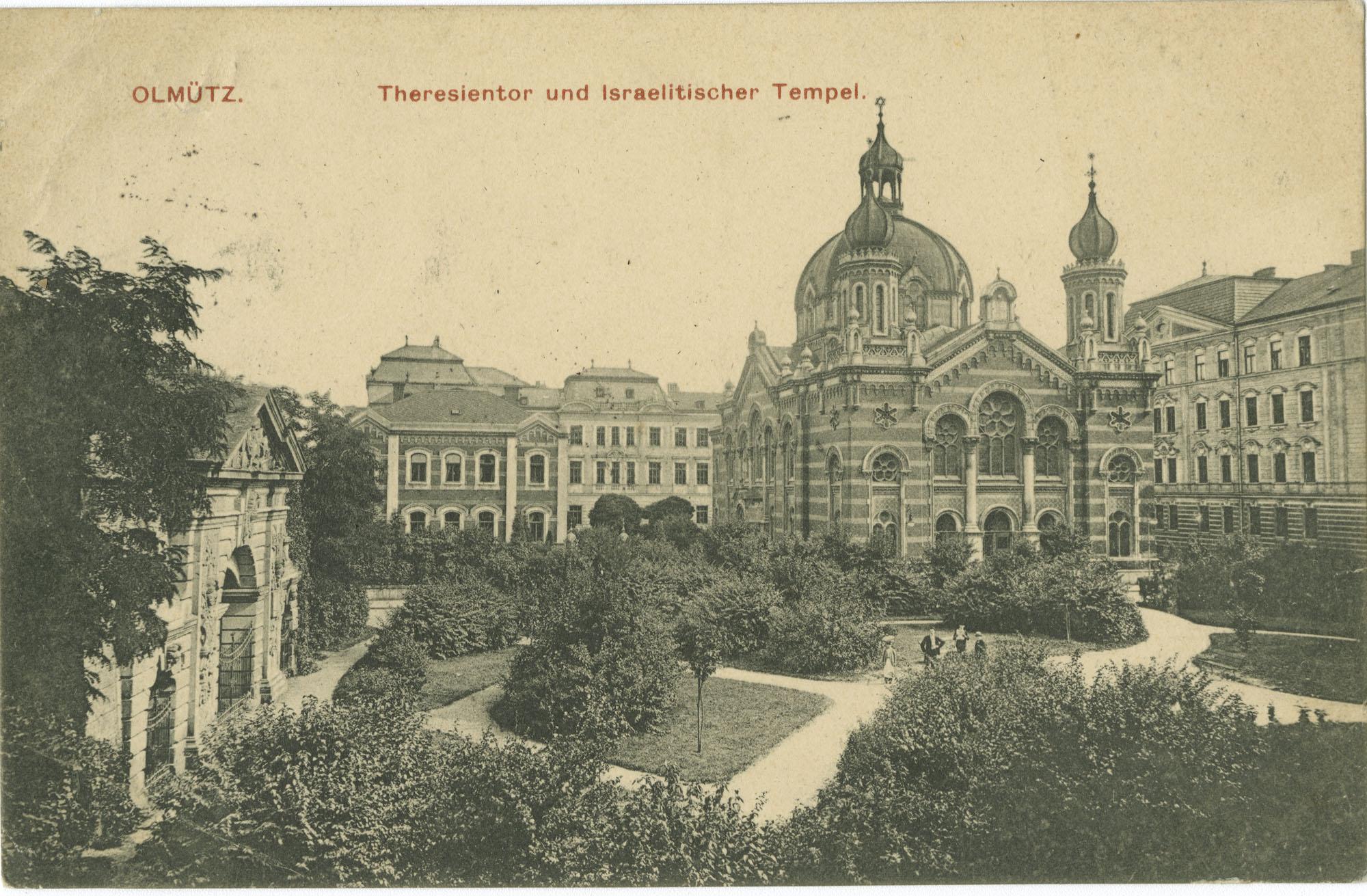 Olmütz. Theresientor und Israelitischer Tempel.