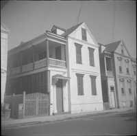 30-32 Wentworth Street