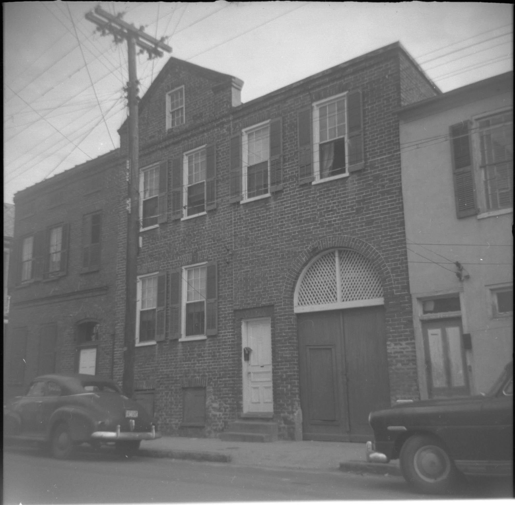 27 Wentworth Street