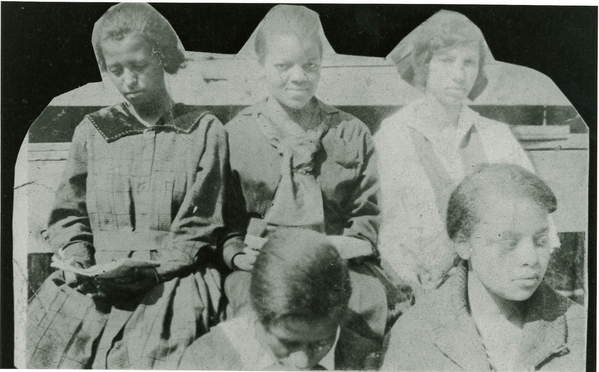 Five female Avery Students