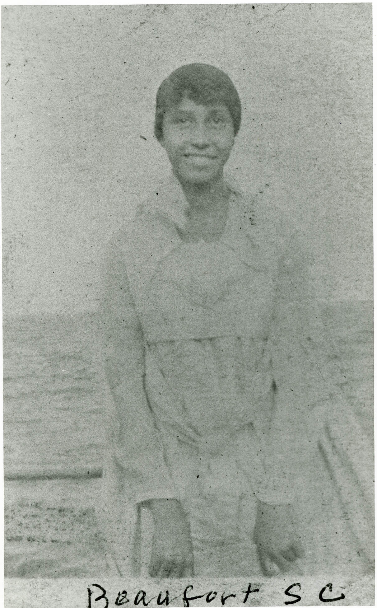 Female Averyite at the Beach