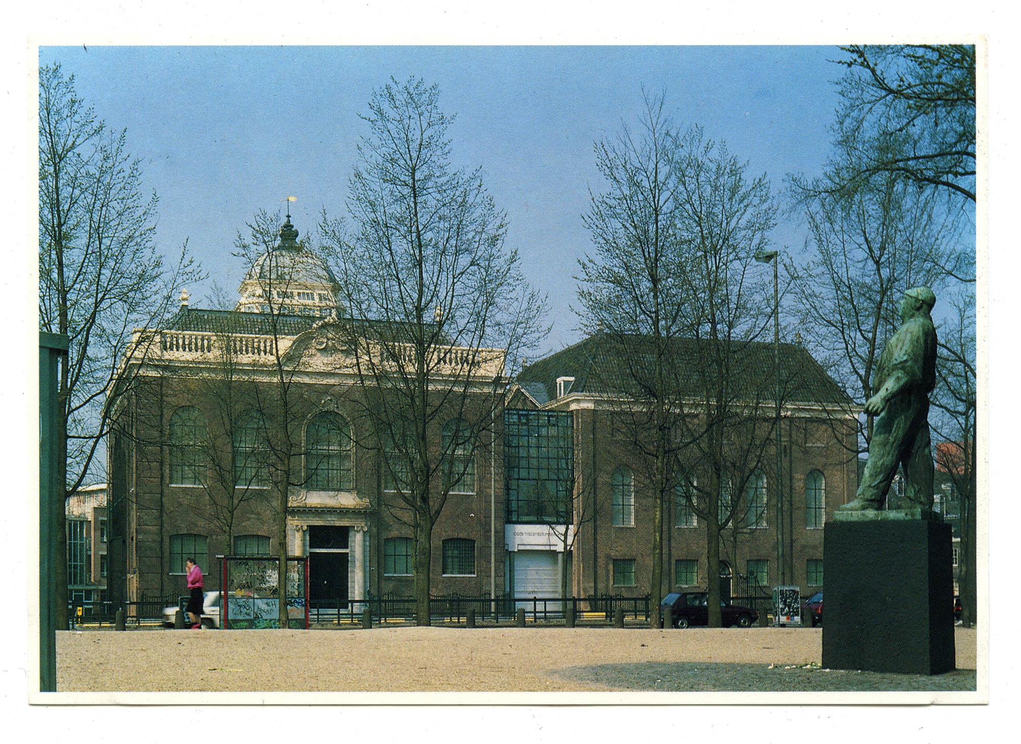 Het Joods Historisch Museum aan het Jonas Daniel Meyerplein te Amsterdam