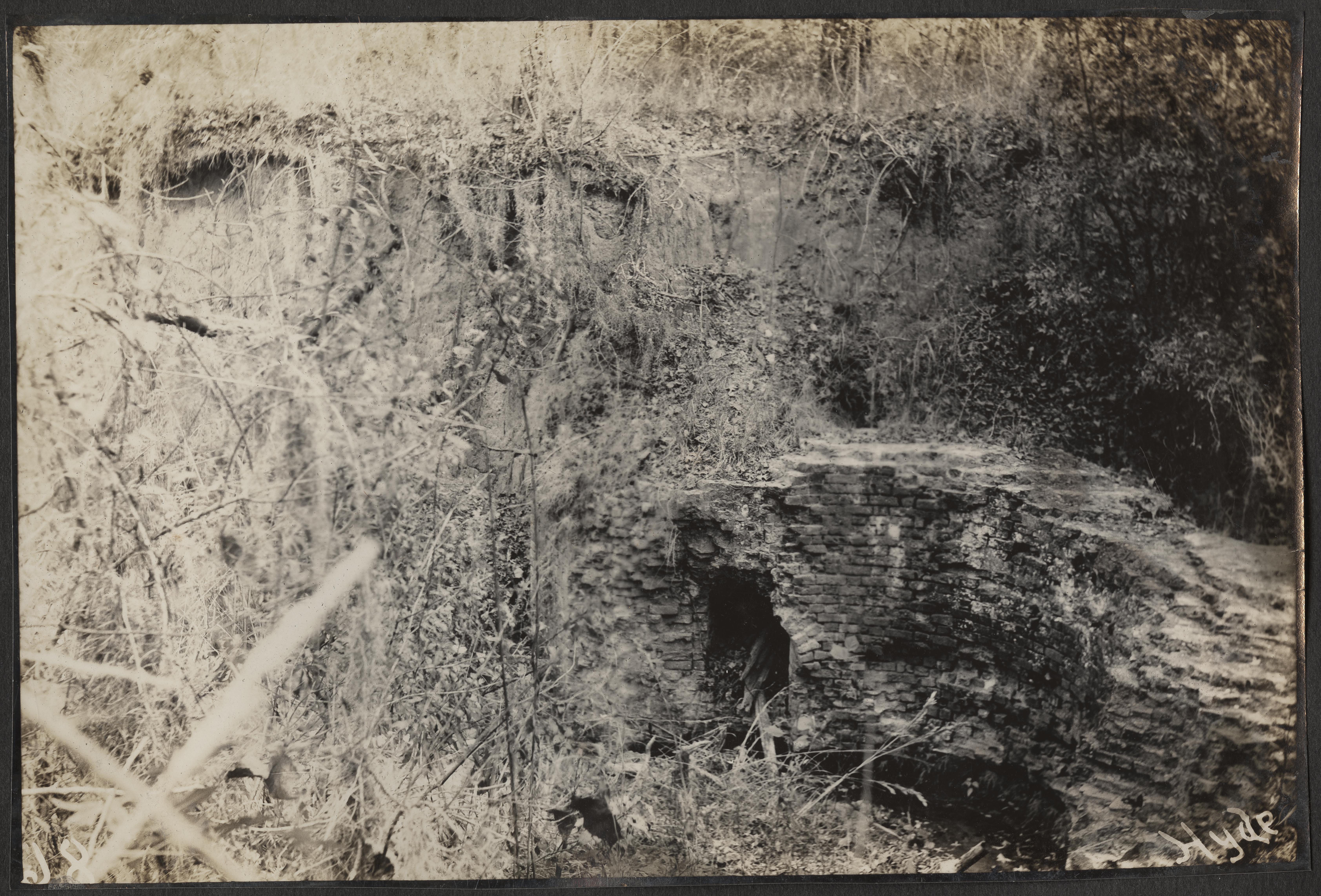Santee-Cooper Cemetery Investigation 032