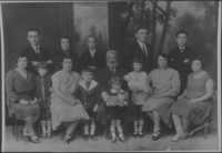Renee Kolender's family on mother's side (Borenstain) late 1920s