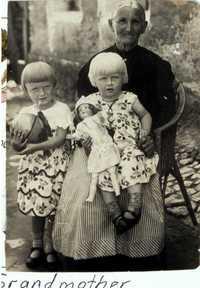 Erika, sister and great grandmother 1931