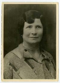 Chana Esther Königsberg (nee Zusman), circa 1938
