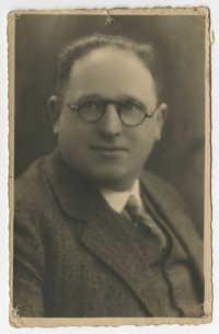 Berend Lion Paerl, circa 1938