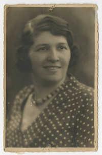 Mietje Paerl, circa 1938