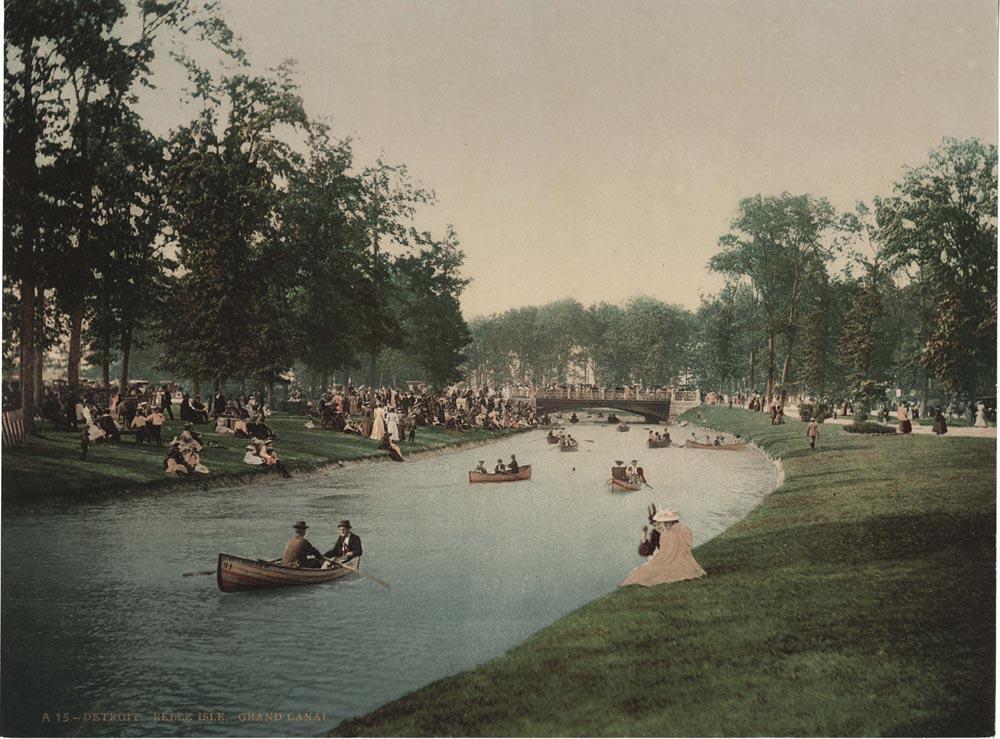 Detroit: Belle Isle. Grand Canal