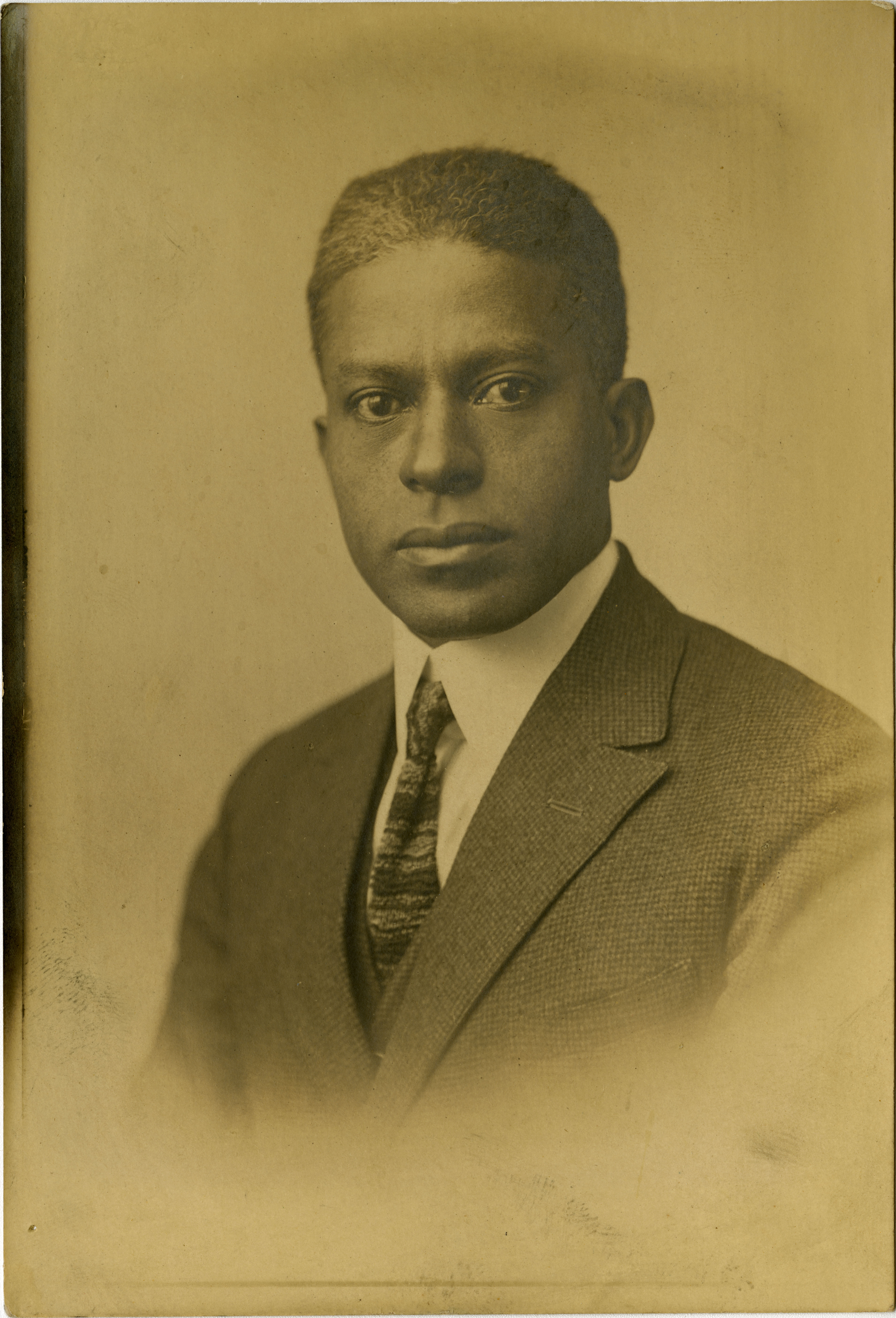 Formal portrait of Herbert U. Seabrook, Sr.