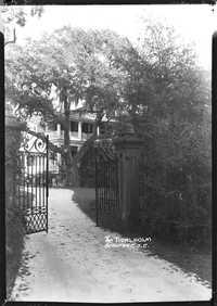 The Tidalholm Beaufort, S.C. Gate Entrance