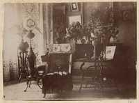 Victorian era decorative items