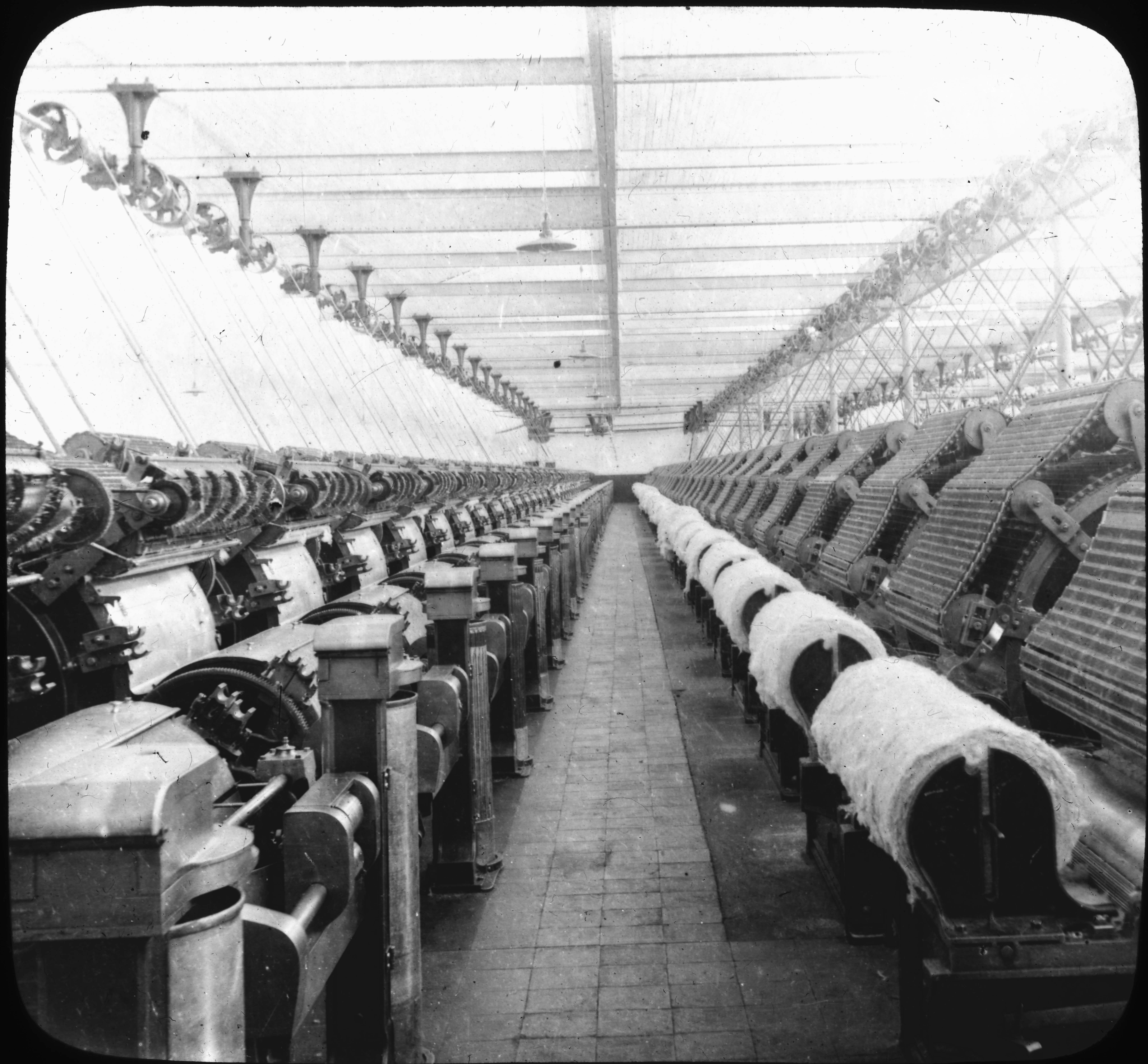 Carding Room, Cotton Mills, Orizaba, Mexico.