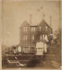 View of Donner Villa in Altona